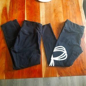 2 for $20 large TNA leggings